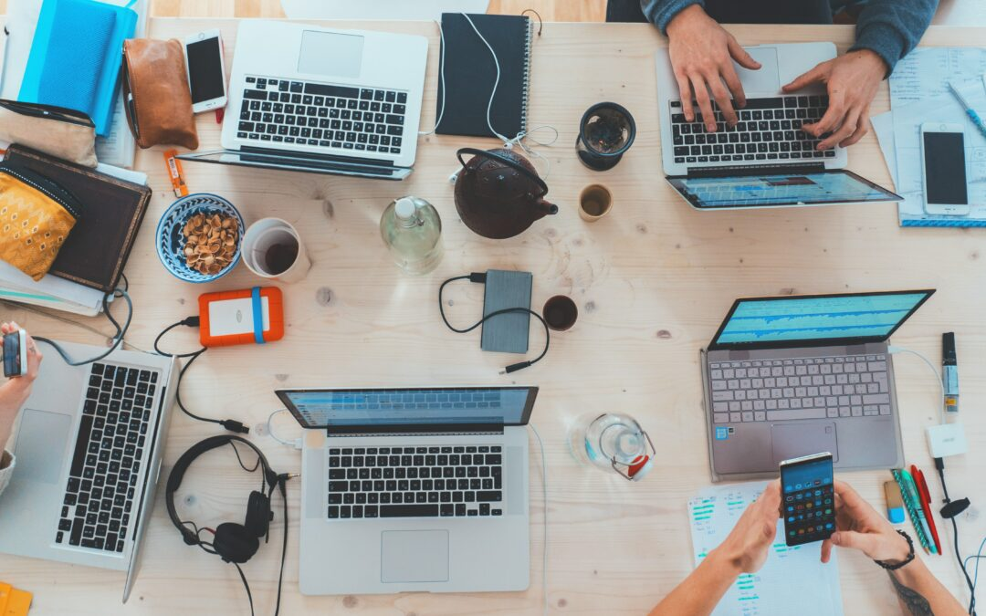 5 Tools to Become a Better Business Online